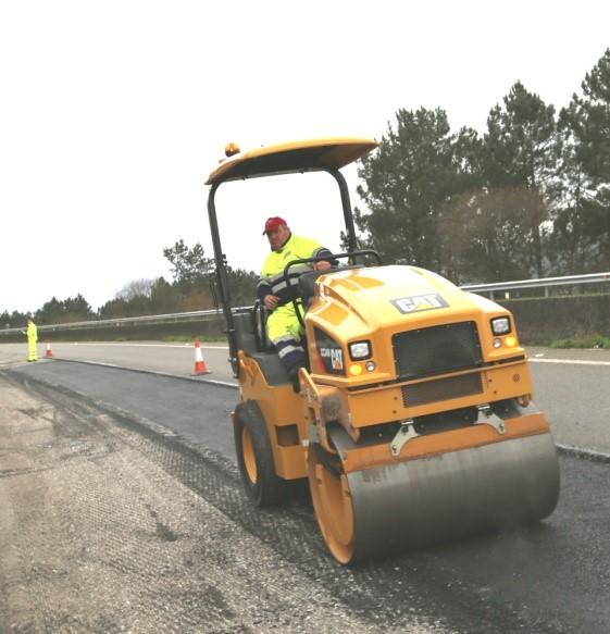 Compactador de asfaltos combi CC34B